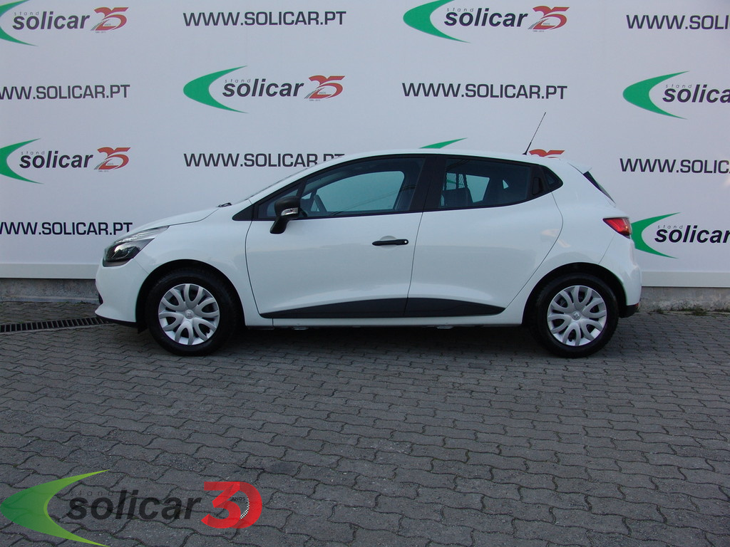 renault clio iv soci t soci t 1 5 dci eco2 confort s s 75cv 2 lug 5p. Black Bedroom Furniture Sets. Home Design Ideas